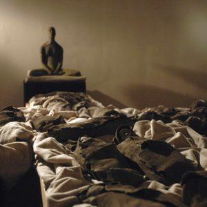 Dormeurs bruns et veilleur